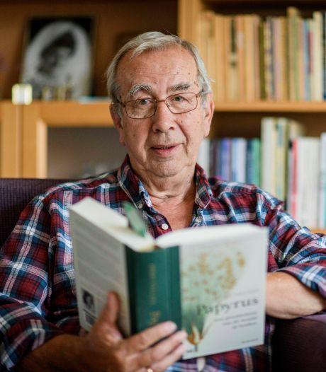 Boekenwurm Frits Korver uit Nijverdal is verslaafd aan geschreven woord: 'Lezen inspireert, ontspant en verwondert'