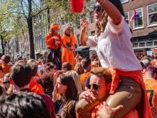 LIVE | Koningsdag Amsterdam: 483 mensen besmet; Frankrijk versoepelt en opent terrassen