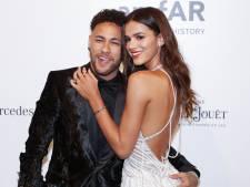 Neymar na zes jaar weer vrijgezel