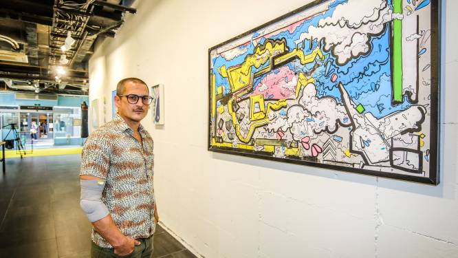 Zoon van oud-VRT-baas Tony Mary exposeert in het Brugse Zilverpand