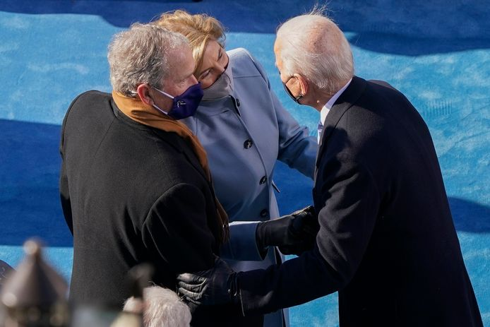 Joe Biden met George en Laura Bush