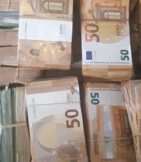 Nieuwsoverzicht | Versoepelingen én nieuwe coronamaatregelen - 'Geldhond' vindt 270.000 euro