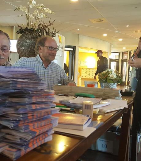 Voorzitter stembureau Zutphen snapt niets van drukte