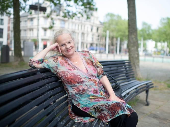 """ANNO 2021. Zangeres Mitta Van der Maat: """"Zoek maar eens een bedrijf dat jou wil aannemen met een écht contract"""""""