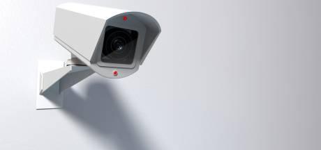 'Lek gegevens slimme camera's: binnengluren bij duizenden Nederlanders mogelijk'