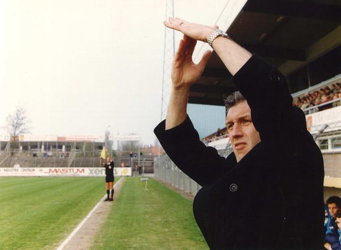 Onder trainer Ronald Spelbos keert NAC in 1993 terug naar de eredivisie.