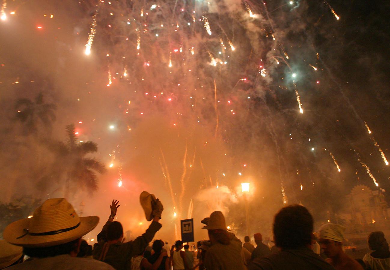 Het eeuwenoude Parrandas-festival trekt jaarlijks duizenden bezoekers.
