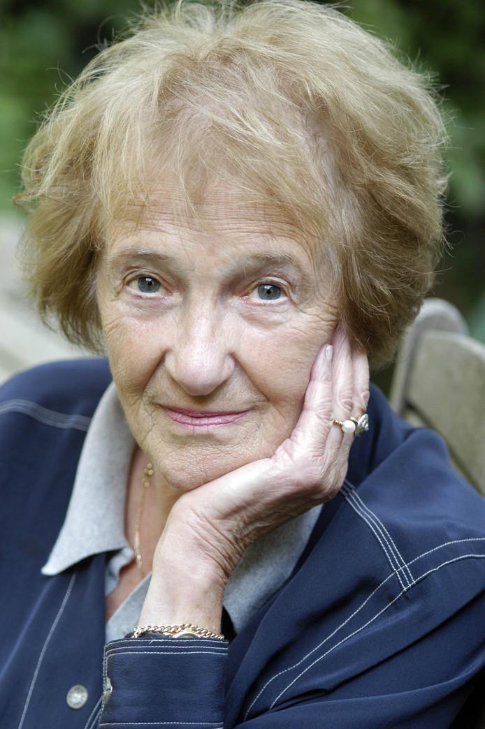 Schrijfster Marga Minco krijgt de prijs in januari thuis uitgereikt, vanwege haar leeftijd en haar gezondheid.