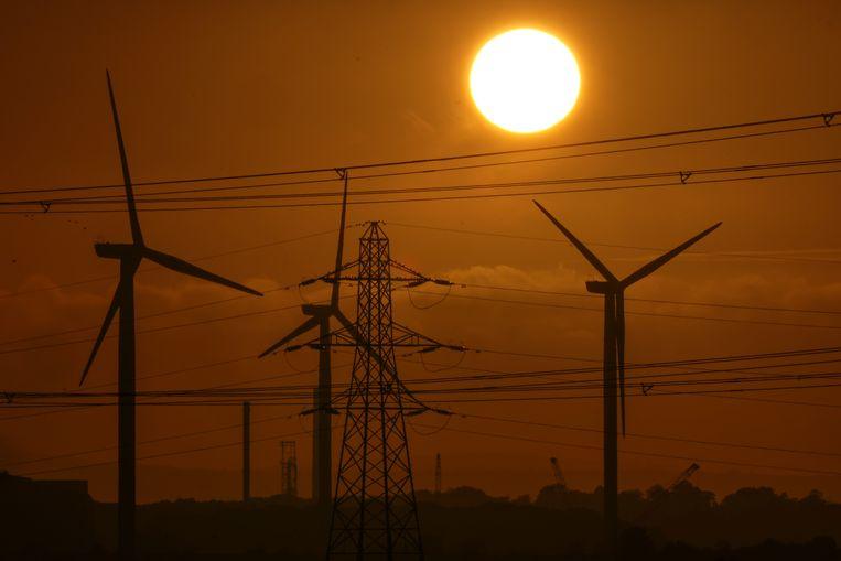Voor de langere termijn vindt de commissie de transitie naar hernieuwbare energie de beste verdediging tegen schokkerige gasprijzen.  Beeld Getty