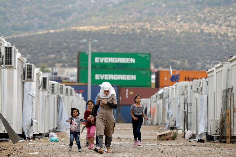 Vluchtelingenkamp in de Atheense buitenwijk Skaramagas. Beeld AP