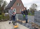 Sander Steigerwald en Linda Rijk met hun zoons Tygo en Jort.