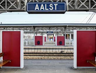 """Alcoholverbod op straat in Aalst: """"Alleen in winkelgebied, niet aan het station"""""""