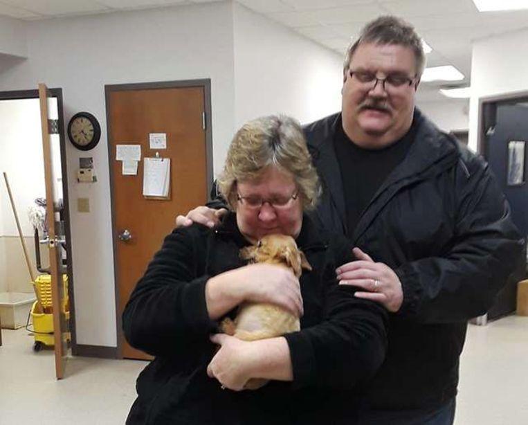 Mary en Doug Witting met Louie