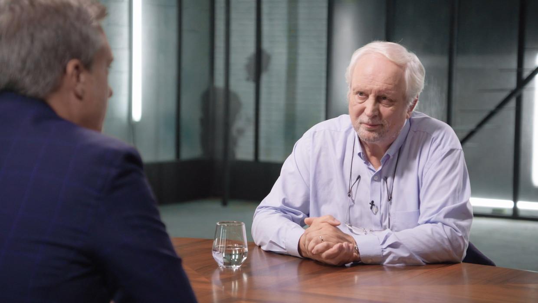 Gilles De Coster en Michel Jordens in 'Strafrechters'. Beeld VRT