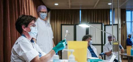 Ziekenhuizen vrezen besmettingsgolf door Achterhoeks testfestijn: 'Kunnen we er écht niet bij hebben'