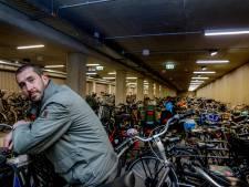 'Een simpele fietsenstalling in een grote stad bouwen duurt zo'n acht jaar'