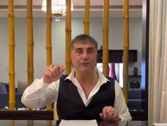 Turkse maffiabaas hangt 'vuile was' van politici buiten op Youtube