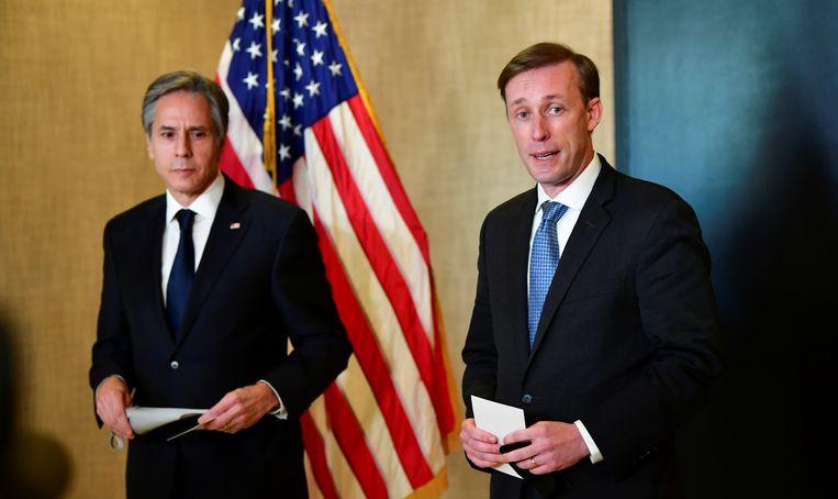 Amerikaans minister van Buitenlandse Zaken Antony Blinken en Nationaal Veiligheidsadviseur Jake Sullivan (rechts). Beeld REUTERS