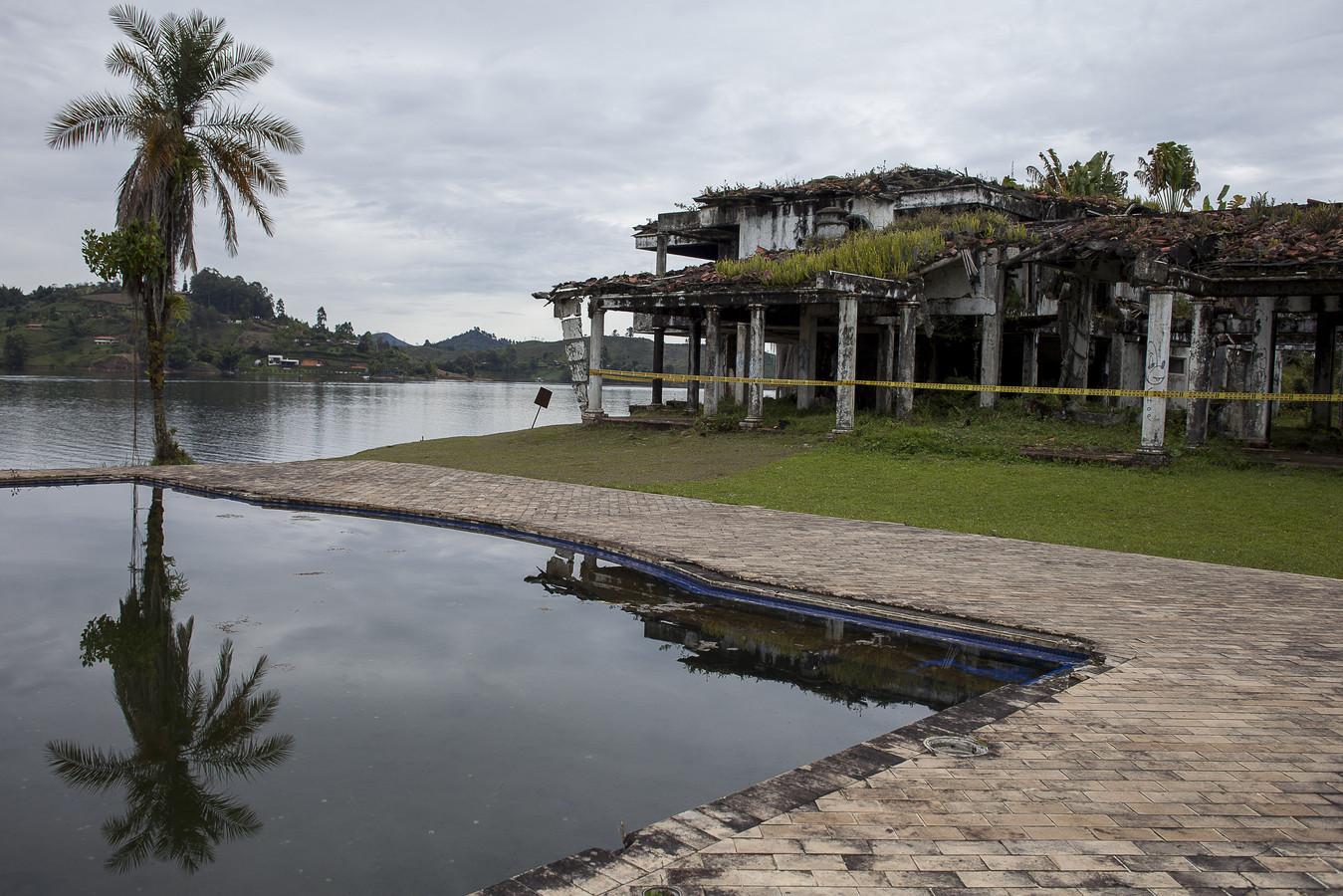 Escobars villa Manuela Ranch in Medellin ligt er verlaten bij.