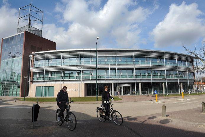 Het gemeentehuis van Boxmeer. Rechts is er plek voor uitbreiding.