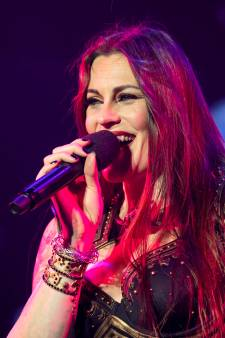 Floor Jansen dankt Beste Zangers: wereldberoemd, maar nu ook ín Nederland