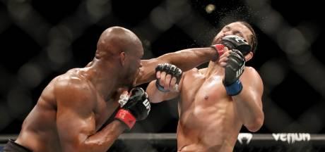 UFC Kampioen Usman zet zegetocht voort met knock-outwinst op Masvidal