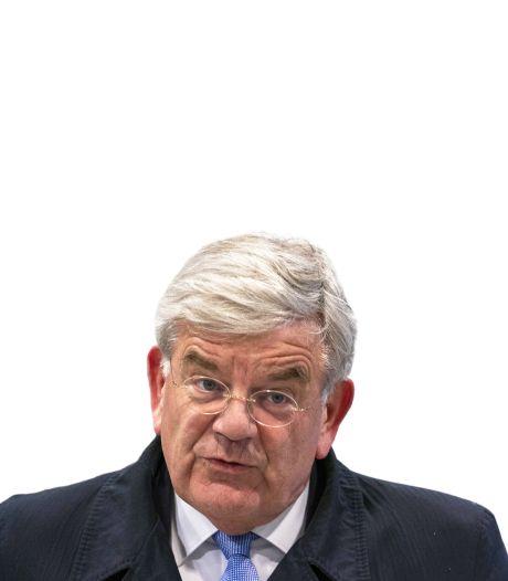 De (on)gewone transfer van Jan van Zanen: net als voetballers zijn burgemeesters soms ook ineens weg