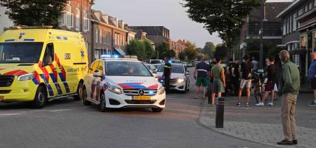Vrouw op scooter raakt gewond bij botsing tegen boom in Waalwijk