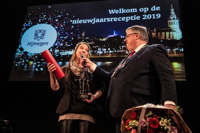 Linda van Aken werd vorig jaar uitgeroepen tot Nijmegenaar van het Jaar 2018 tijdens de nieuwjaarsreceptie van de gemeente Nijmegen.