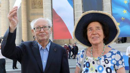 Nazi-jagers ontvangen hoogste Franse onderscheiding van president Macron