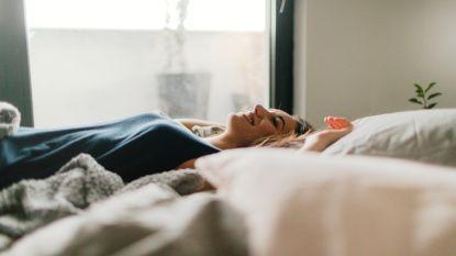Hoe de keuze van een hoofdkussen je slaap beïnvloedt
