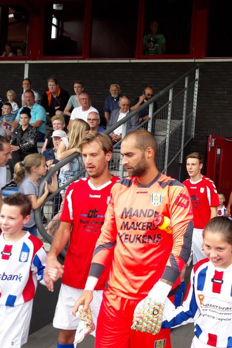 RKC Waalwijk wint, zonder Roland Bergkamp