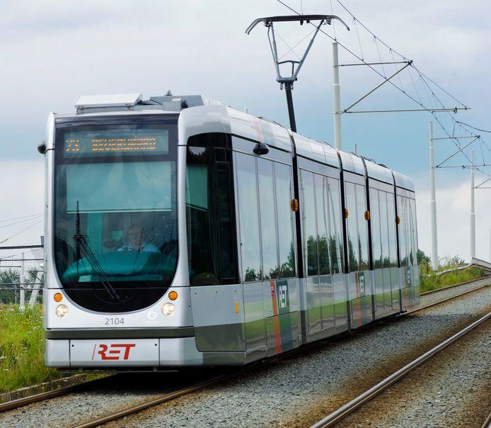 Een RET-tram onderweg.