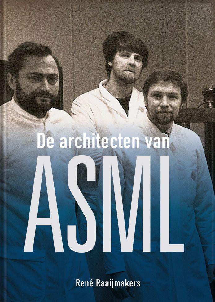 De omslag van het boek met (vlnr) de ingenieurs Henk Baron, Theo Fahrer en Frans Klaassen.