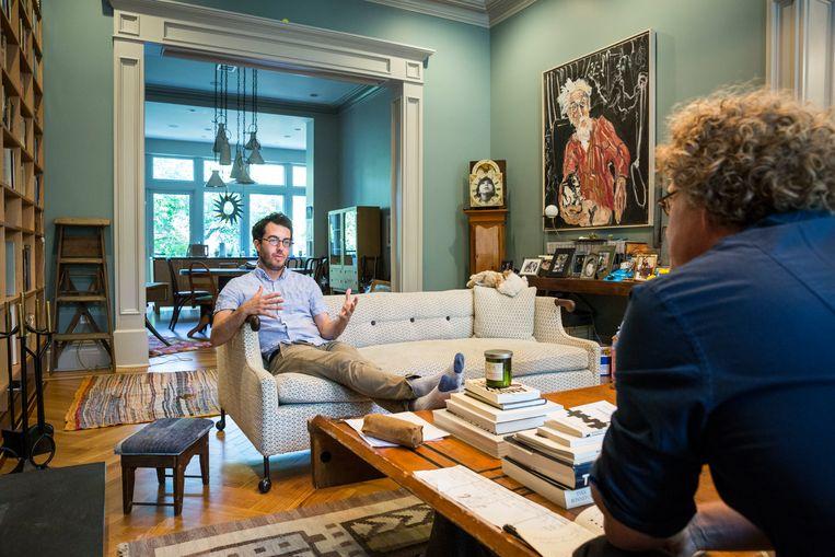 Jonathan Safran Foer in gesprek met Koen Vidal. Beeld Natan Dvir / Polaris Images