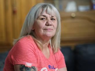 """Nikki (51) opgelucht dat ze niet weer naar Duitse rechtbank moet om oog in oog te staan met haar overvaller: """"Zijn vrienden bedreigden me na mijn getuigenis"""""""