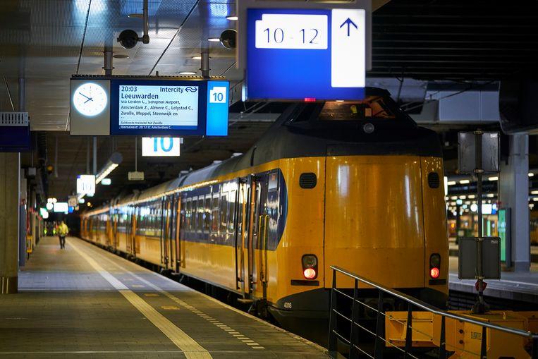 Oproep D66: sla handen ineen voor snelle Lelylijn - Parool.nl
