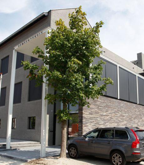 Fietsenstalling voor gemeenteambtenaren in Budel wordt verplaatst