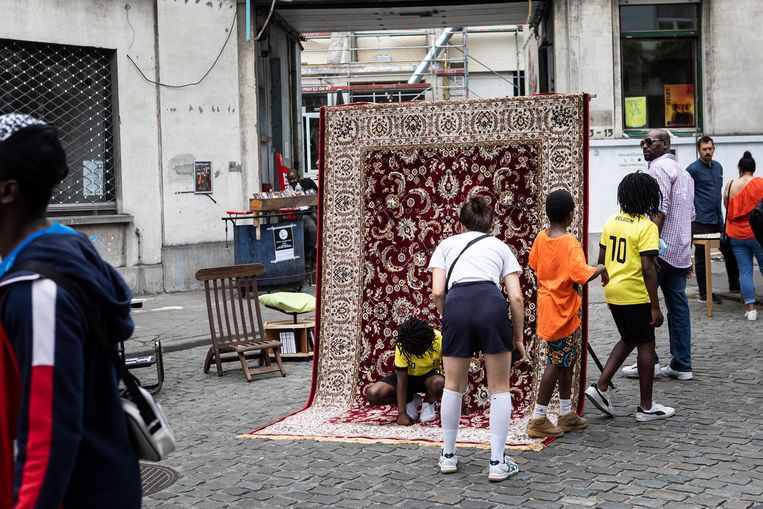 Het festival Manchester in Joy in de Brusselse probleemdeelgemeente Molenbeek. Beeld Siska Vandecasteele
