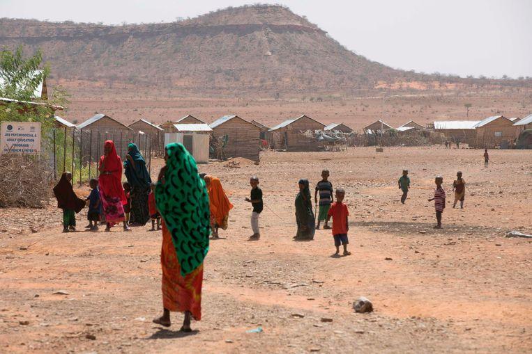 Het Mekladida-vluchtelingenkamp in Ethiopia, enkele dagen geleden.  In het kamp zitten meer dan 34,000 mensen uit buurland Somalië , die gevlucht zijn voor de droogte en oorlog in hun land. Beeld AFP