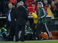 Feyenoord-Roma stilgelegd na rood en gooien banaan