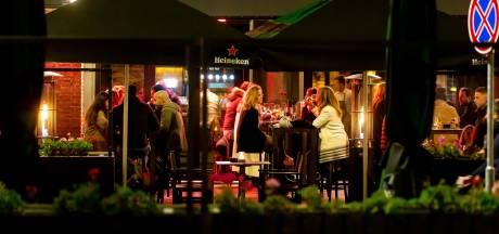 Aboutaleb: Rotterdamse horeca morgen ook tussen 10 en 12 uur 's avonds open