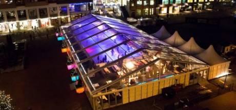 Oud-Beijerland krijgt deze winter een drijvende ijsbaan op De Vliet