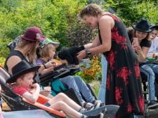 'Voor deze kinderen was niets te doen.' Maar nu bouwen ze een feestje in Harderwijk