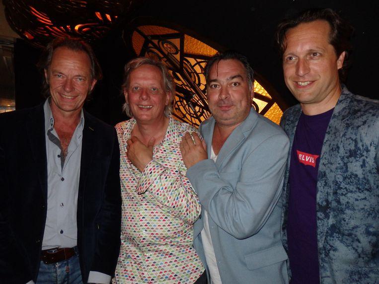 Vlnr de bandleden: Ton Nieuwenhuizen (bas), Johan Hoogeboom (piano, accordeon), André Hoekstra (drums, adhd) en Eelco Menkveld (piano, gitaar). Beeld Schuim