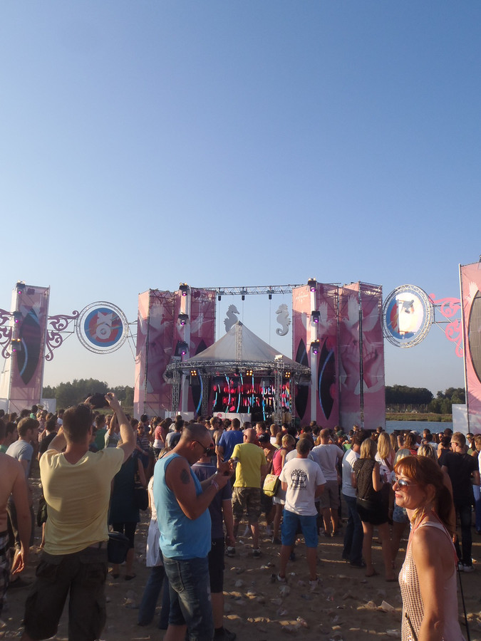 Kevin Saunderson aan de Mixed Stage.