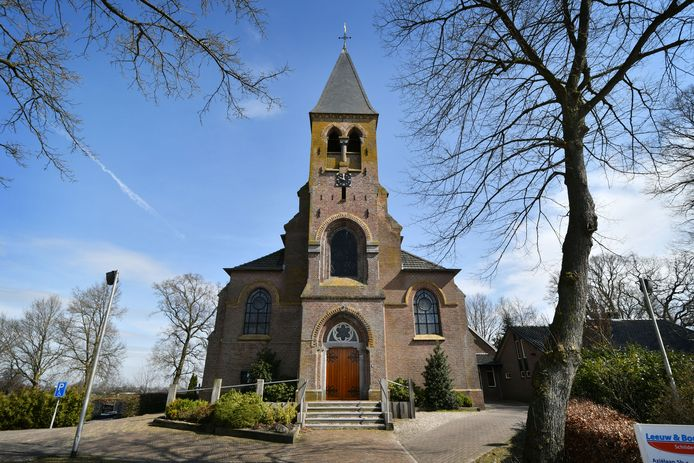 Na bijna 153 jaar sluit de Willibrorduskerk in Geerdijk.