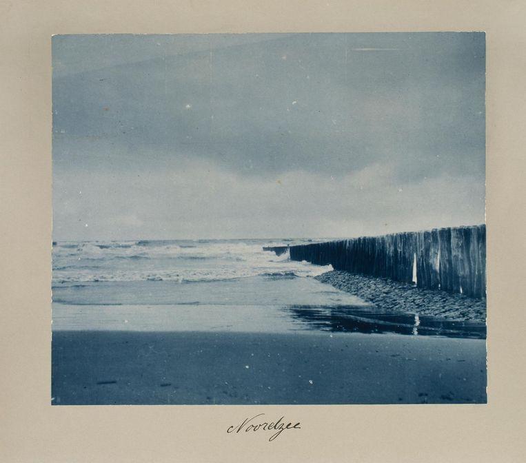 Noordzee, circa 1907. Gemaakt door Koningin Wilhelmina (1880-1962), uit de Koninklijke Verzamelingen. Beeld Rijksmuseum