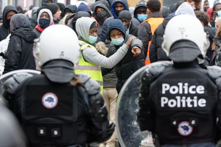 Een betoging in Schaarbeek na de dood van Ibrahima Barrie. Beeld Belgian_Freelance