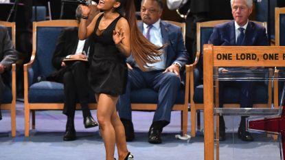 """""""Respectloos en compleet ongepast"""": Ariana Grande krijgt kritiek op eerbetoon aan Aretha Franklin"""
